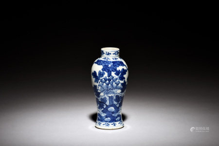 BLUE AND WHITE 'FLOWERS' VASE