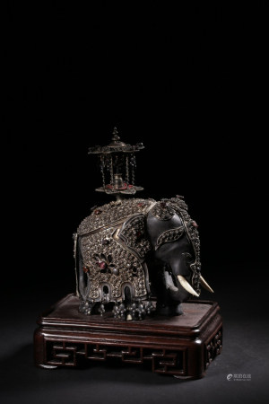 SILVER CAST AND ORNATE 'ELEPHANT' FIGURE