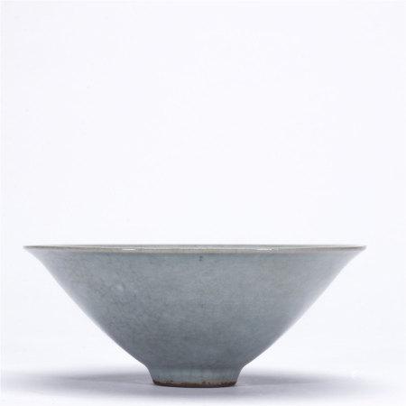 青釉斗笠碗