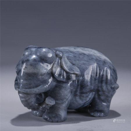 黑白玉雕太平有象