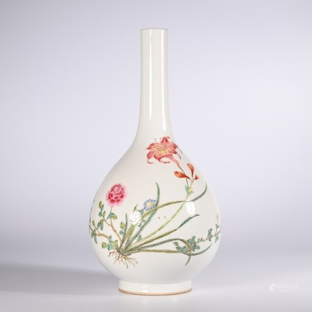 Qing    pastel bottle