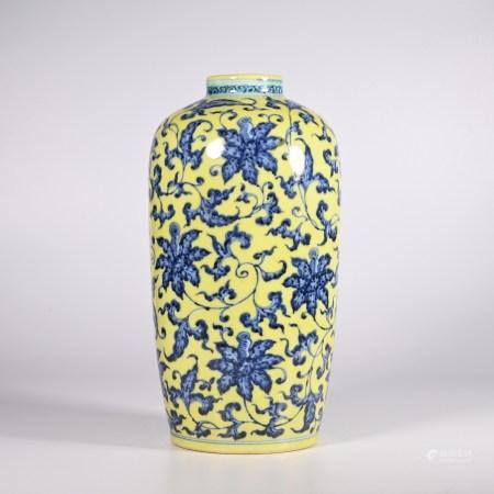 Qing yongzheng yellow ground blue and white vase