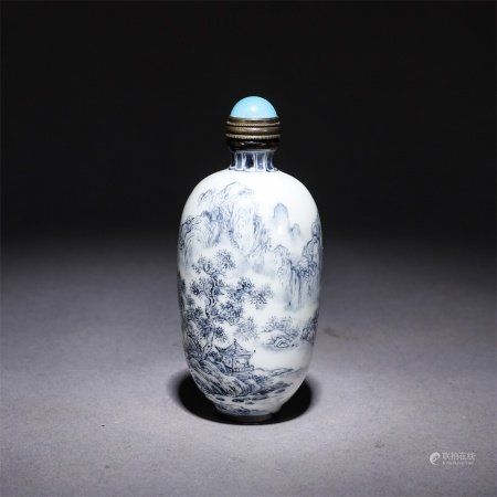 A blue and white through jingshan water poetry snuff bottle