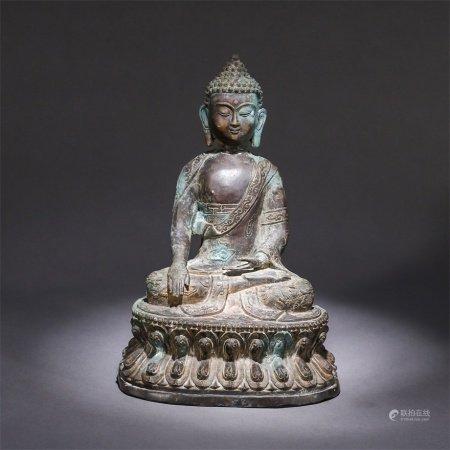 A bronze statue of Sakyamuni