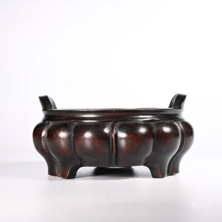 Red sandalwood incense burner in Qing Dynasty