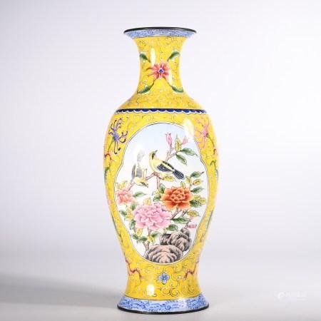 Qing Dynasty enamel vase with copper thread