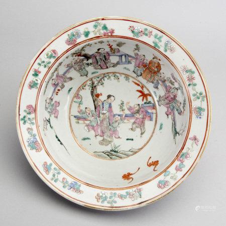 TVÄTTFAT, porslin, Kina, 1800-talets första hälft.