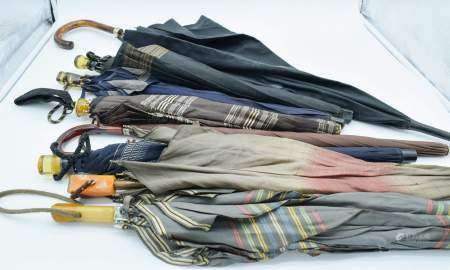 Collection of vintage umbrellas Largest 90 cm (8) .