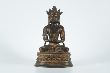Early Qing dynasty, gilt bronze statue of Longevity of  Guanyin Bodhisattva