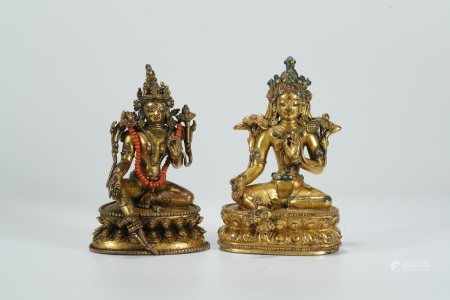 Ming dynasty, a pair of gilt bronze statues of Green Tara buddha