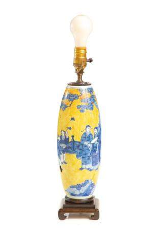 Chinese Export Clobbered Vase Table Lamp