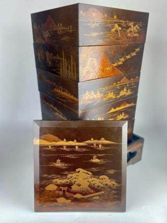 MEIJI PERIOD JAPANESE GOLD LAQUER SECTIONAL BENTO BOX