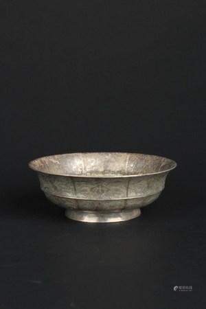 唐花鸟纹银碗