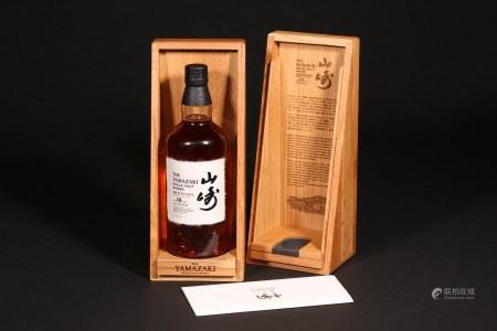 山崎18年水楢桶单一麦芽威士忌