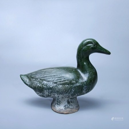 汉 绿釉鸭子摆件