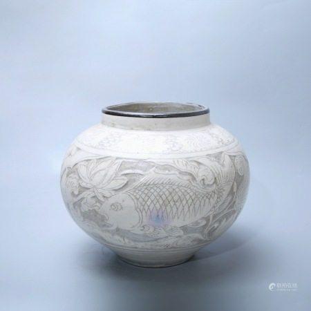 金 磁州窑鱼藻纹罐