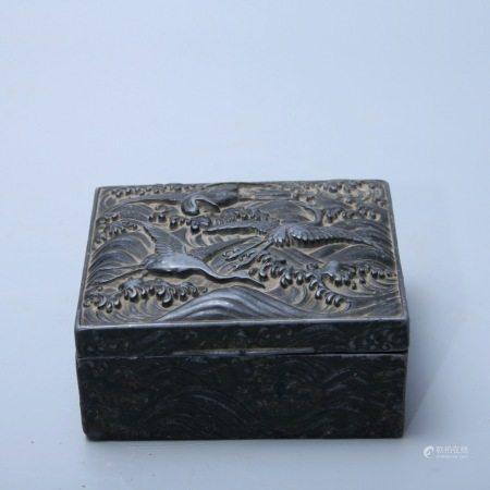 清 锡錾花云鹤纹盖盒