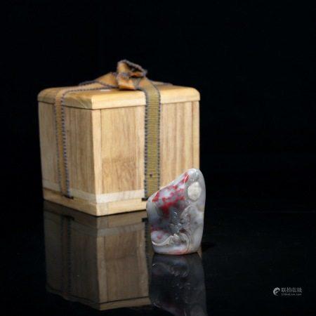 晚清 王王孙(1906-2005)(刻赠李宗仁)鸡血石随型印章
