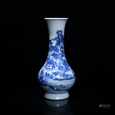 清 青花山水纹喇叭瓶