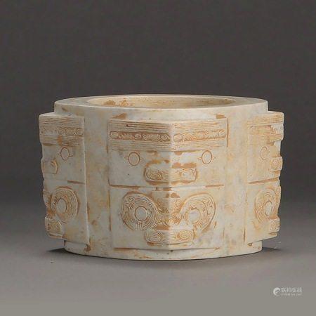 明或更早 纯手工雕刻神人兽面纹玉琮