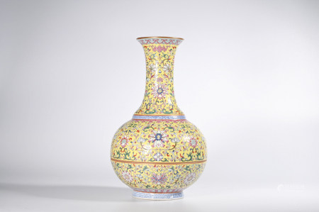 A YELLOW GROUND FAMILLE ROSE  FLOWER PORCELAIN VASE