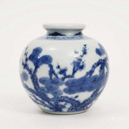A blue and white SUIHANSANYOU jar, late Qing Dynasty 晚清青花岁寒三友罐