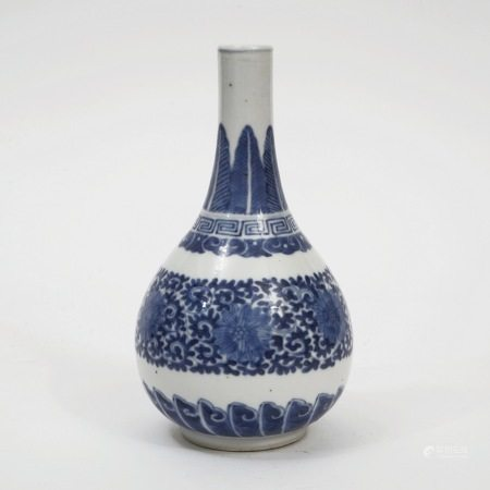 A blue and white cone-handle vase, Kangxi period, Qing Dynasty 清康熙青花锥把瓶
