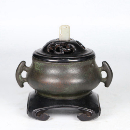 A TWIN EAR BRONZE INCENSE BURNER