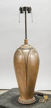 TALL BRONZE LAMP
