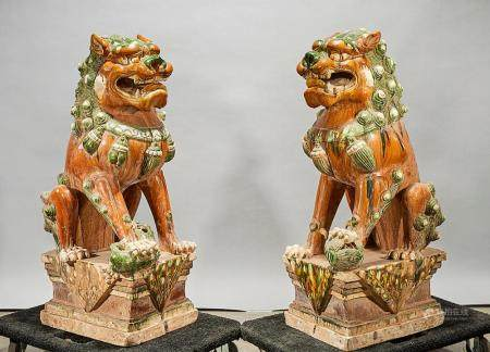 PAIR CHINESE SANCAI-STYLE GLAZED FO LIONS