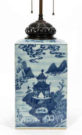 CHINESE PORCELAIN, BLUE & WHITE CANTON LAMP