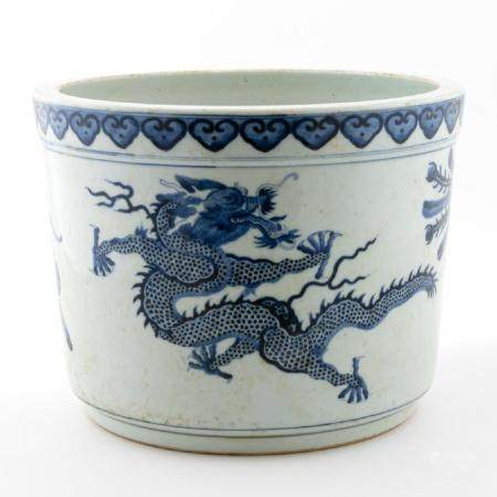 CHINESE BLUE & WHITE MYTHICAL BEASTS JARDINIERE