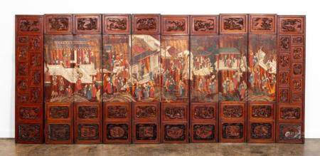 10 PANEL CHINESE FIGURAL & LANDSCAPE FLOOR SCREEN