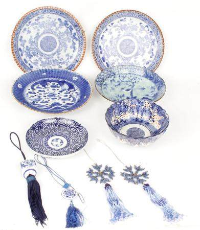 LOT OF 6 - BLUE AND WHITE CHINESE PORCELAIN