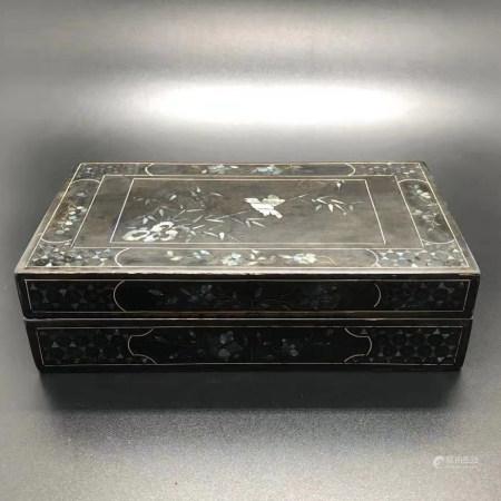 清 嵌螺钿漆器盖盒