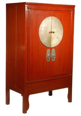 RED LACQUERED CHINESE ROBE CABINET