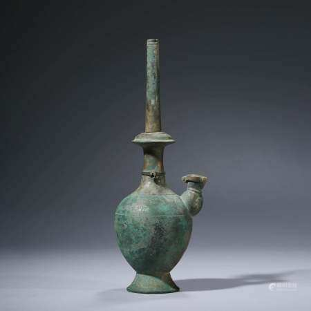 A CHINESE BRONZE VESSEL