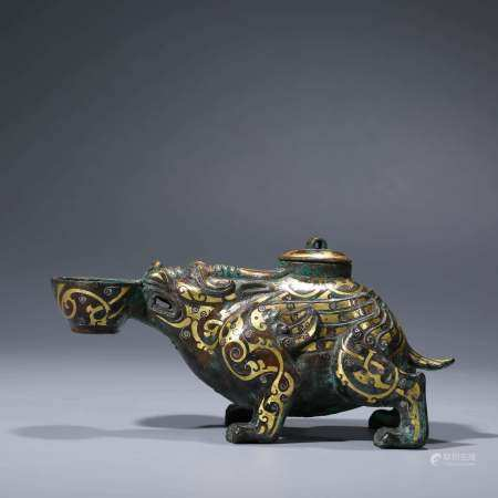 A CHINESE GILT-BRONZE GOLD & SILVER INLAID ANIMAL