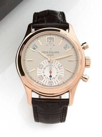 PATEK PHILIPPE  5960R-001, n° 3506969 / 4503319 Vers 2010  Chronographe bracelet en or rose 18k