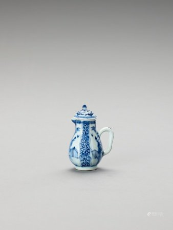 A SMALL BLUE AND WHITE PORCELAIN JUG AND COVER