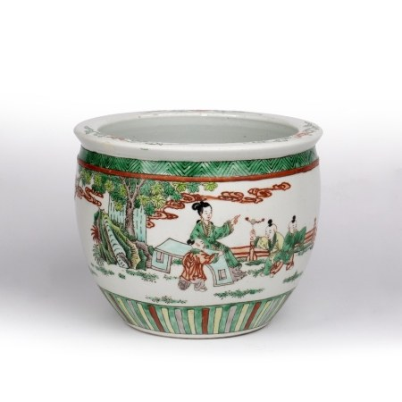 Chinese famille verte fish bowl Chinese, decorated to the exterior with a mother and children in a