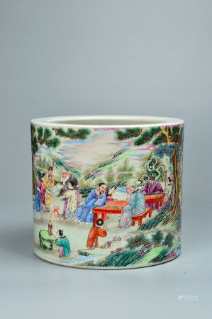 The Pen Holder with Pastel Story Characters 粉彩人物故事笔筒