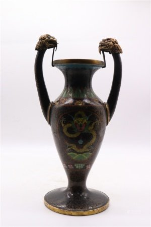 The Enamel Bottle with Copper 铜胎掐丝珐琅瓶