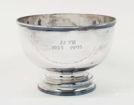 A large silver bowl, Sheffield, c.1993, CJ Vander Ltd., of plain, circular form with reeded edge and
