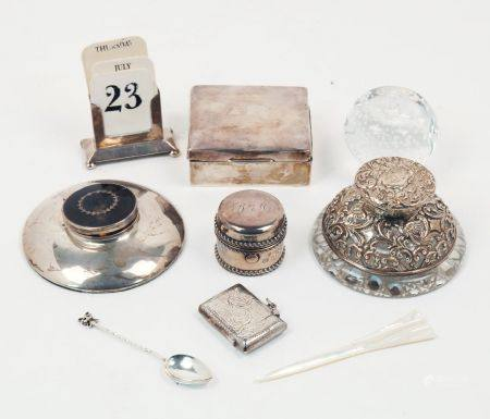A small group of silver comprising: a small silver cigarette box, Birmingham, c.1922, F.H. Adams &