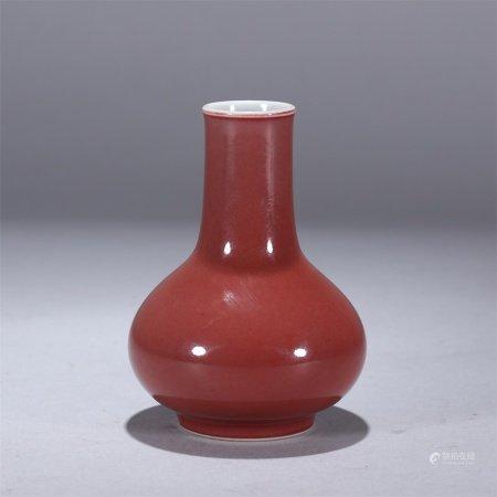 清代 霁红釉瓶