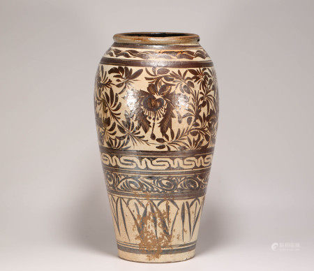 CiZhou Kiln Brown Glazed Floral Vase from Song 宋代磁州窯醬釉花卉紋罐