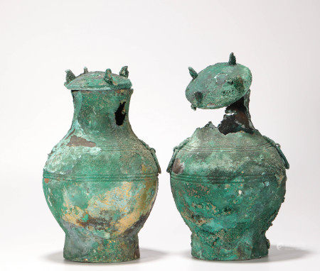 A pair of Bronze Vase from Han 漢代青銅瓶一對