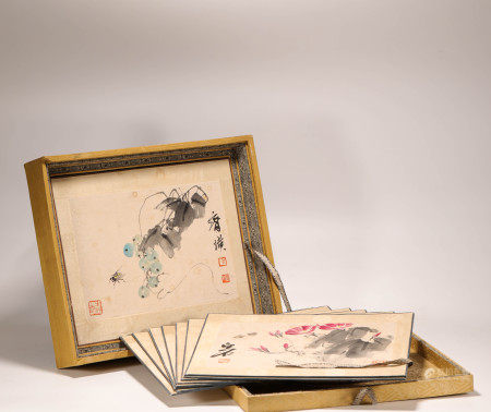 Two Boxes of Ink Painting Album 18 Pages from QiBaiShi 纸本齐白石册十八页2盒