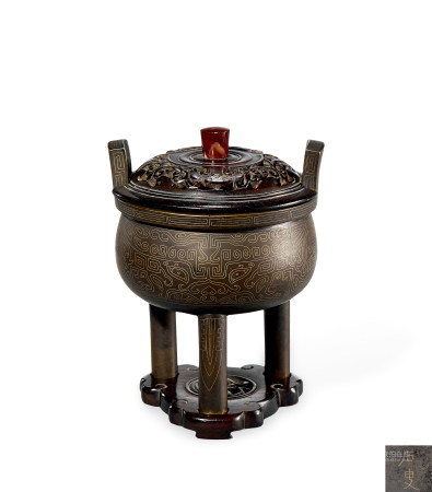 明末清初 铜嵌银丝饕餮纹鼎式炉